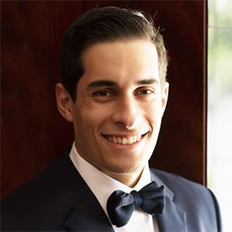 Dr Davin Pinto